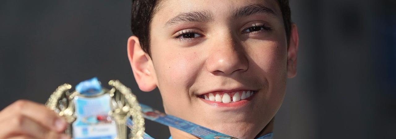 Com recordes e homenagem, Troféu Maurício Bekenn agita piscina do GNU