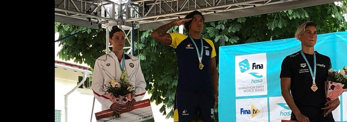 Ana Marcela Cunha vence em Balatonfüred e volta ao topo do ranking do Circuito Mundial