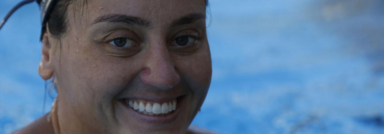 Sala dos Atletas: Giovana Stephan conta como é a rotina no Nado Artístico