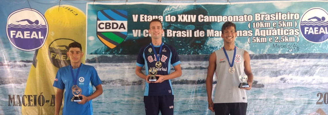 Betina Lorscheitter e Alexandre Finco são campeões da prova de 5 km do Campeonato Brasileiro de Maratonas Aquáticas