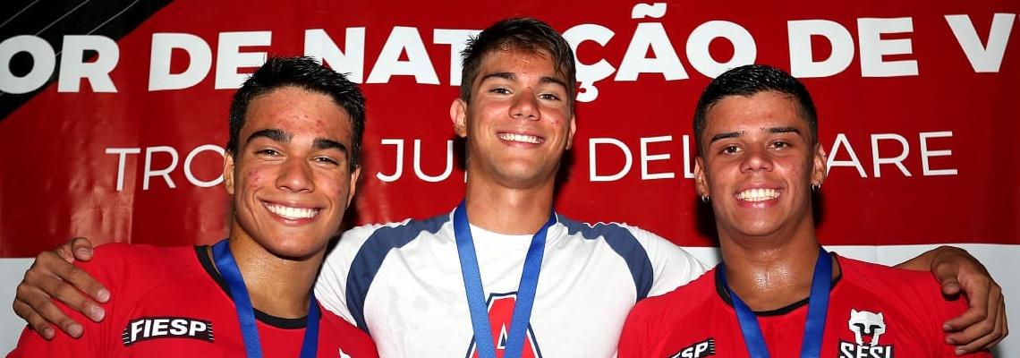 Medalhista no Mundial, Murilo Sartori quebra recorde nos 200m livre; Bruna Leme e Fernando Santos brilham